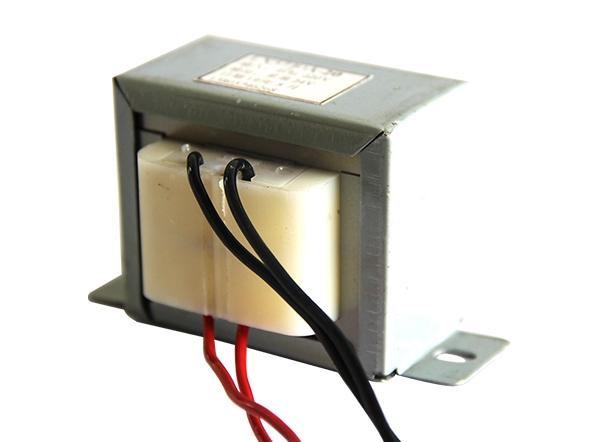 EI型变压器